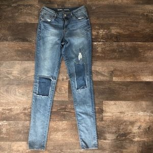 2/$15 6 tall Old Navy patched skinny jeans